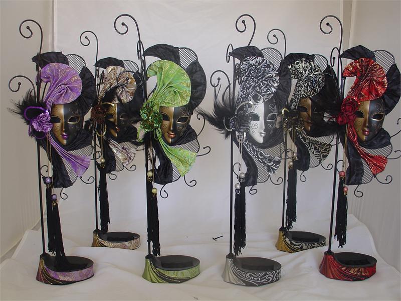 Mardi Gras Mask Jewlery Stand Lafavoritafavors Com
